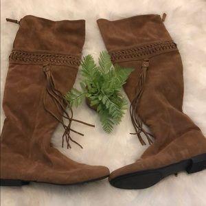 Shoes - Fun vegan suede tasseld boots